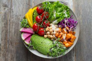 Chickpeas-Avo-Leafy-Salad-healthy-Breakfast
